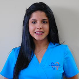 Yiliana - Dental Assistant